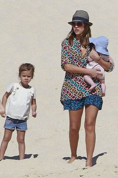 Jessica Alba and her kids are already in Summer Mood!   What about you?