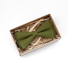Olive green Bowtie Green mens bow tie Green linen bow tie