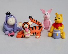 Winnie the Pooh, Eeyore, Tigger and Piglet - Cute cake topper tutorials available from Fancy Cakes by Linda, Fondant Figures, Polymer Clay Figures, Cute Polymer Clay, Diy Clay, Clay Crafts, Eeyore, Tigger, Cake Topper Tutorial, Fondant Tutorial