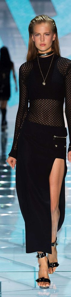 Versace Collection Spring: See through fabrics and punk-rock style were influenced by the 1990's.