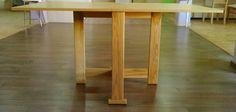 Mesa plegable en madera de roble abierta completanente
