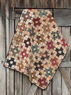 Civil War Remembered: 19 Quilts Using Reproduction Fabrics: Mary Etherington, Connie Tesene: 9781604686463: Amazon.com: Books
