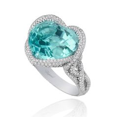 Chopard Paraiba tourmaline ring from 2013 Red Carpet jewelry collection High Jewelry, Luxury Jewelry, Titanic Jewelry, Tourmaline Jewelry, Rare Gems, Turquoise, Jewelry Trends, Beautiful Rings, Jewelry Collection