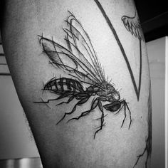 Wasp for Łukasz @godblesshairdresser #tattoo #tattoos #wasp #wasptattoo #blackworkers #blackworkerssubmission #blackworktattoo #bwtattoo #sketch #sketchstyle #sketchstyletattoo #tattooed #tattooart #tattooing #session #inked #inkedup #ink #inkedboy #legtattoo #warsaw #poland #polishtattoo