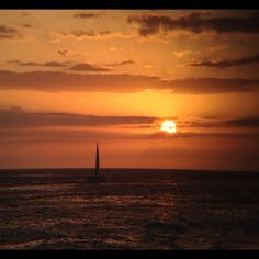#sunset #landscape #ocean #beach #iphoneonly #iphoneography #iphoneisa #nofilter #cloudporn #clouds #instagood  #instagramhub #instagram #sailboat