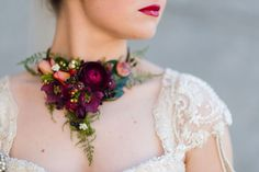 Almost all brides and bridesmaids carry flowers. A newer trend is to wear them. Not only in your hair or on your wrist,but as jewelry, or belts or on your shoes. These wearable blooms are mini floral works of art. We can't get enough of these unique flower adornments! Take a look. Lead Photographs: Floral …