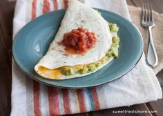Smashed Avocado  Egg White Omelet- healthy  delicious breakfast on sweettreatsmore.com-6