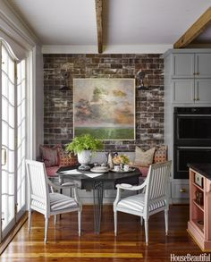 House Beautiful Kitchen of the Year - Ken Fulk Kitchen Design - Kitchen Decor Magazine Dining Nook, Kitchen Dining, Kitchen Decor, Kitchen Nook Bench, Eat In Kitchen Table, Banquette Seating In Kitchen, Kitchen Corner, Kitchen Ideas, Dining Table