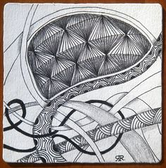 Facet example (diamond shaped tangle) by Rick Roberts, Zentangle Founder. Interesting use of Holibuagh interwined effect Doodles Zentangles, Zentangle Patterns, Diamond Doodle, Yearbook Covers, Zen Design, Art File, Pattern Drawing, Creative Inspiration, Creative Ideas