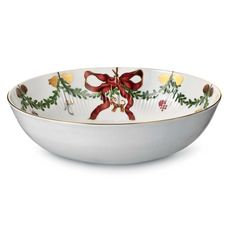 Add chic Scandinavian flair to your holiday celebrations with Royal Copenhagen's festive Star Fluted Christmas Dinnerware Collection. Each piece features cheery garlands bedecked with bows and colorful ornaments on creamy white bone china. Christmas Bowl, Christmas Chocolate, Hanging Fruit Baskets, Bone China Dinnerware, Christmas Dinnerware, Serving Bowl Set, Christmas Table Settings, Christmas Decorations, Holiday Decor