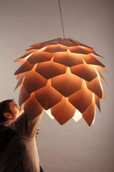 Lampara colgante diseñada por el ruso Pavel Eekra