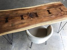 Solid Barn Wood Desk made with reclaimed wood and iron pipe legs. Choose size, height, thickness and finish. Custom inquiries welcome. Sofa Bar, Reclaimed Wood Desk, Walnut Furniture, L Shaped Desk, Live Edge Wood, Wood Pieces, Logs, Barn Wood, Epoxy