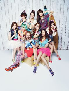 "Girls' Generation - Casio ""Kiss me Baby-G"""