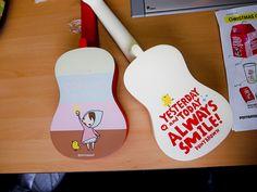 Mr Oh, of Pony Brown, Korean visit Korea includes custom ukulele giveaway Guitar Painting, Guitar Art, Cool Guitar, Ukulele Instrument, Ukulele Chords, Arte Do Ukulele, Visit Seoul, Ukelele, Korean Stationery