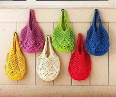 crochet un sac pour la plage ou le tricot- perrin fornara- Filet Crochet, Crochet Diy, Beach Crochet, Crochet Bags, Knitted Gloves, Knitted Bags, Bracelet Crochet, Knitting Patterns, Crochet Patterns