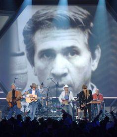 Chris Hillman, Billy Gibbons, Travis Barker, Dwight Yoakam, and Brad Paisley perform Buddy Owens tribute (Photo by Rick Diamond/WireImage)