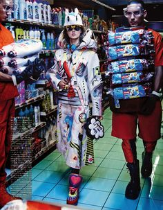 Fashion Editorial Lindsey Wixson & Hanne Gaby Odiele by Giampaolo Sgura for Vogue Japan October 2014