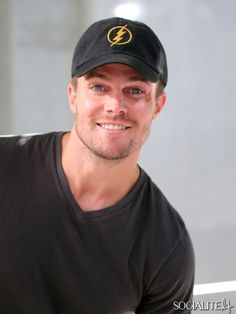 Stephen Amell Heads To The Set Of Arrow