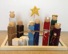 here's how to make a DIY simple wooden nativity set - this is a perfect Christmas craft idea - maybe even give away as neighbor gifts? Simple Nativity, Wooden Nativity Sets, Nativity Crafts, Christmas Nativity, Rustic Christmas, Christmas Projects, Winter Christmas, Holiday Crafts, Christmas Holidays