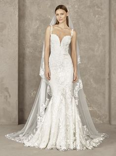 Discover our Pronovias Wedding Dress Collection. View our amazing selection of unique bridal dresses and gowns featuring the latest trends. How To Dress For A Wedding, Wedding Dress Trends, Wedding Gowns, Wedding Ideas, Wedding Attire, Wedding Inspiration, Sophisticated Wedding Dresses, Beautiful Bridal Dresses, Types Of Gowns