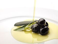 """The Ministry of Agriculture, Fisheries and Food awards the """"Best Spanish Food Award of Extra Virgin Olive Oils, campaign"""" Best Spanish Food, Olive Oil Benefits, Multi Grain Bread, Healthy Food Delivery, Nutrition Tips, Lose Belly Fat, The Cure, Fruit, Healthy Recipes"""