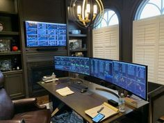 Need a lot of screen real estate looking at multiple information at the same time, nothing is beyond your reach. Computer Desk Setup, Gaming Room Setup, Trading Desk, Home Office Setup, Family Office, Modern Office Design, Gamer Room, Home Network, Interior Design