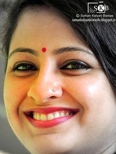 Beautiful Girl In India, Beautiful Women Over 40, Beautiful Blonde Girl, Beautiful Women Pictures, Beautiful Girl Photo, Beautiful Girl Quotes, Indian Natural Beauty, Indian Beauty Saree, Beautiful Bollywood Actress