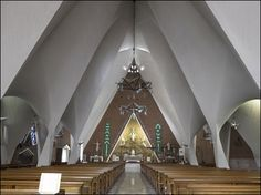 Candela's Iglesia de la Medalla Milagrosa in Mexico City.