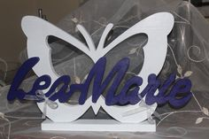 Dekoration - Taufe Kommunion Schmetterling Schriftzug Name Holz - ein Designerstück von InasNordlichter bei DaWanda