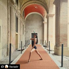 #Repost @flaviadir  Ancora pochi giorni per visitare la #biennaledisegnorimini #mybiennalern #comunerimini #myrimini #igersrimini #igersemiliaromagna #volgorimini #vivorimini #ig_rimini #ig_rimini_ #tv_living #art #ballet #balletdancer #balletto #danza #ballerina #ballerinaproject #ballerinaproject_ #artofvisuals #stilllife