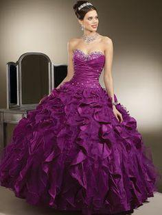 Violet Black: Vestidos de 15 años.