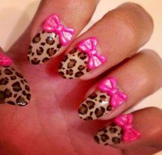 Animal Print Nail Design with Pink Bows. O al final de Uña q sea rosado
