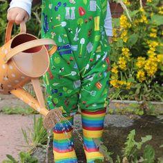 Gardening Fun! #photooftheday #hatch #littlehatchpatch #growingup #wateringcan #gardening #explore #toddlerlife #toddlersofinstagram