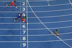 Wayde van Niekerk of South Africa wins the mens 400m Final ahead of Kirani James…