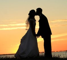 Wedding Expense Etiquette- Expenses Paid by the Bride and Groom Finding true love within him and getting married! Wedding Expenses, Wedding Costs, Wedding Pics, Budget Wedding, Wedding Planner, Wedding Ideas, Wedding Venues, Dress Wedding, Wedding Stuff