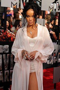 Rihanna is a goddess #Rihanna #mtv #goddess #perfection