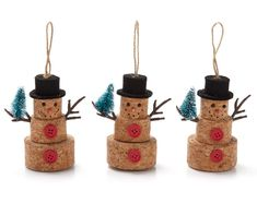 I found a Cork Snowmen Ornaments, at Big Lots for less. Find more Ornamen. Christmas Tree Card Holder, Cork Christmas Trees, Christmas Ornaments, Snowflake Ornaments, Christmas Wine, Snowman Ornaments, Button Ornaments Diy, Clothes Pin Ornaments, Ornaments Ideas