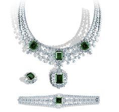 MOONLIGHT FOREST Emerald & Diamond Suite