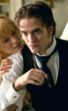 Robert Pattinson and Uma Thurman in Bel Ami  <3bsd