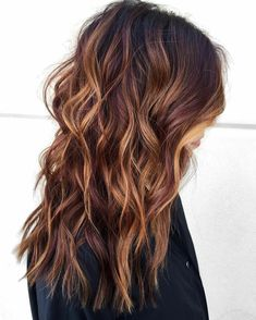 34 Stunning Examples of Short Brown Hair Highlights - Wass Sell hair hairstyles shorthairstyles brownhair 184647653460231623 Light Pink Hair, Light Brown Hair, Short Brown Hair, Brown Blonde Hair, Golden Blonde, Black Hair, Brown Hair Shades, Brown Hair Colors, Which Hair Colour