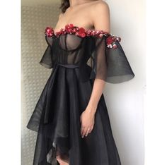 e o sangue virou ouro Grad Dresses, Event Dresses, Dress Outfits, Fashion Dresses, Dress Up, Formal Dresses, Beautiful Gowns, Dream Dress, Pretty Dresses
