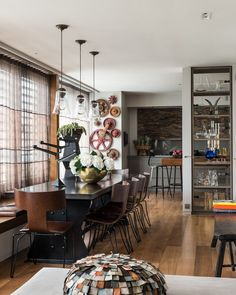 See more of Maddux Creative's Bayswater Mews House on 1stdibs