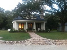 The property 358 Wisteria St, Fairhope, AL 36532 is currently not for sale on Zillow. View details, sales history and Zestimate data for this property on Zillow. Cottage Exterior, Modern Farmhouse Exterior, Farmhouse Plans, Craftsman Cottage, Farmhouse Interior, Street House, Custom Window Treatments, Cottage Homes, Cabin Homes