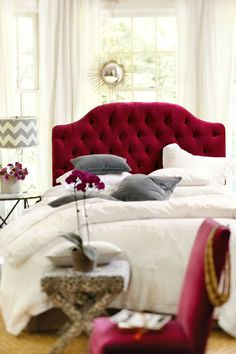 Well if you looking for some beautiful beds with headboards that can redefine the look of your bedroom then checkout our latest collection of 25 Outstanding Tufted headboard design ideas for your bedroom