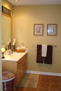 Bathroom Color Ideas Behreager in transforming your bathroom into a relaxing freshen behind updated amenities and pretty Front Door Paint Colors, Kitchen Paint Colors, Room Paint Colors, Bathroom Colors, Bathroom Ideas, Grey Front Doors, Painted Front Doors, Powder Room Paint, Gold Walls