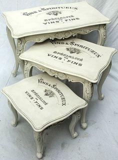 kit de mesas para decor toda em pátina provença em branca com aplicação na tampa.