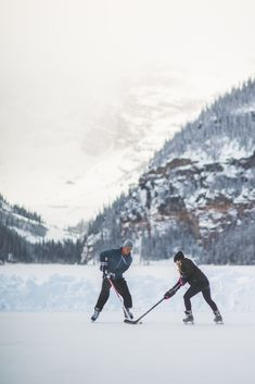Ice Hockey 832673418583594634 - Lake Louise in Banff National Park Quotes Girlfriend, Hockey Girlfriend, Boyfriend Memes, Hockey Girls, Hockey Mom, Lac Canada, Banff Canada, Fifa World Cup 2018, Canada Hockey