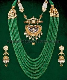 Jewellery Designs: Emerald Beads Long Set with Jhumkas Emerald Jewelry, Pearl Jewelry, Wedding Jewelry, Antique Jewelry, Emerald Rings, Silver Rings, India Jewelry, Bead Jewellery, Beaded Jewelry