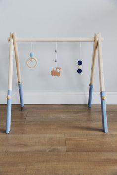 Salle de gym de bébé en bois par mrhomeLT sur Etsy