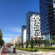 Barcode, Dronning Eufemias gate - Oslo #barcode #dronningeufemiasgate #eiendom #realty #realestate #bolig #leilighet #apartment #condo #flat #arkitektur #architecture #beautiful #beautifularchitecture #whereinoslo #diggeroslo #oslobilder #skyline #highlig